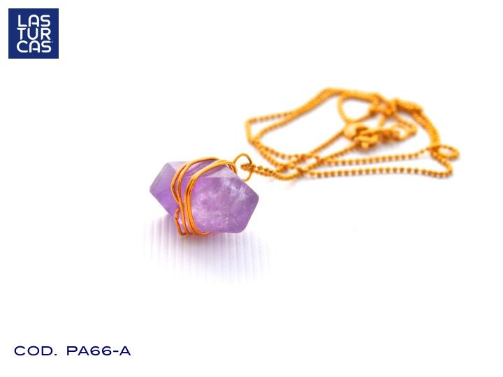 Collar en oro Goldfiled con amatista natural entorchada #Lturcas @LTurcas #Accesorios #Collares #Bisuteria #Amatista