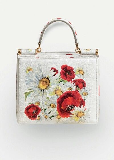 Dolce & Gabbana Summer 2016 Fashion Bag inside the Woman Collection 'Spring in the City'. Prints of Poppies and Daisies.
