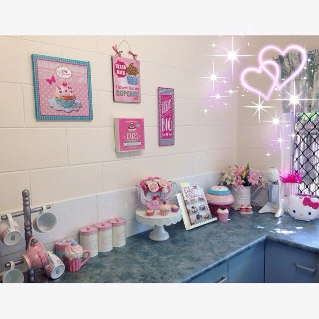 Miss Holly Holldoll Instagram Photos Cute Cupcake Kitchen For The Home In 2018 Pinterest Cupcakes And Decor