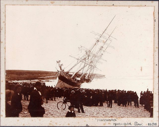 Hereward wrecked on Maroubra Beach, 1898. Australian National Maritime Museum.