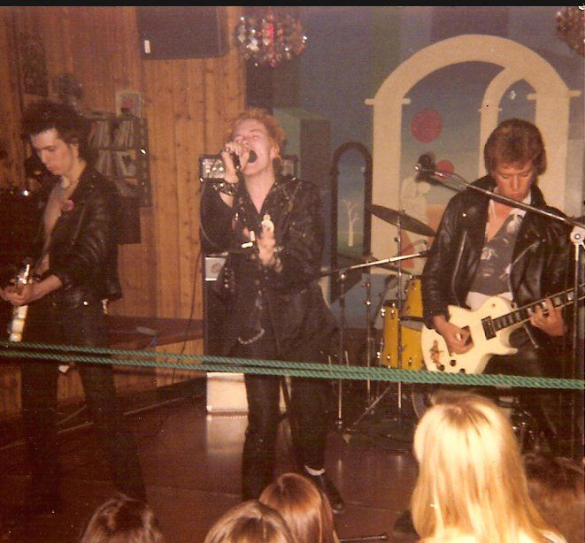 SEX PISTOLS CLUB ZEBRA KRISTINEHAMN SWEDEN 1977