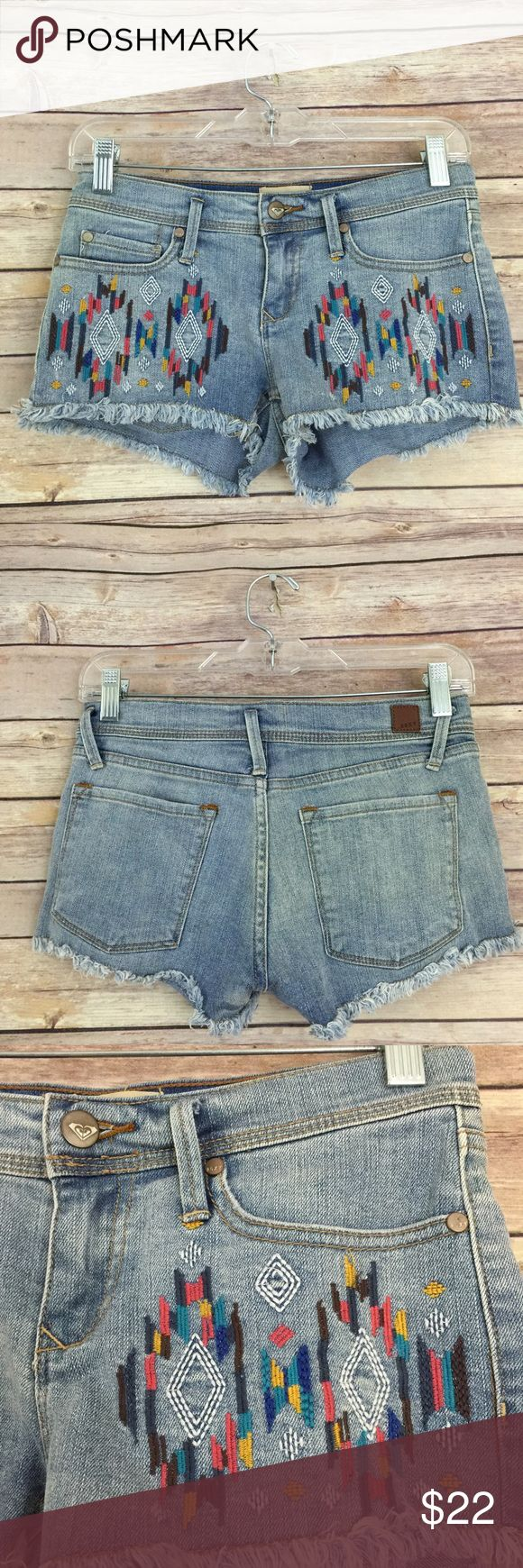 """Roxy denim festival embroidered shorts  0/24 #228 These Roxy embroidered denim shorts are perfect for the on trend embroidery detail!! They are a size 0/24 and measure 13.5"""" flat across the waist with a 2"""" inseam. They are in excellent condition with no known flaws.  Perfect for upcoming festivals!! Roxy Shorts Jean Shorts"""