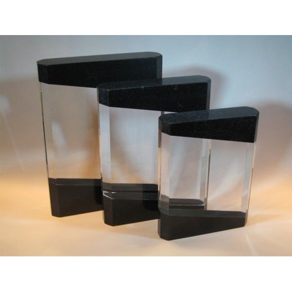 The Black Crystal Stone piece is a versatile present. It is suitable for any occasion. Available in a range of sizes: 8cm 10cm 12cm 14cm 16cm. The come in a beautiful presentation box. Suitable for engraving. €30.00