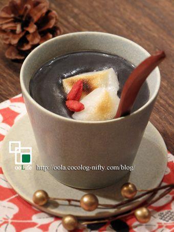 香港スイーツ☆芝麻糊 *黒ごましるこ*: ooLife *オーガニックレシピ手帖* 香港スイーツの「芝麻糊(チーマーウー)」♪ 芝麻糊は黒ごましるこのことですが、あんこは入らないので胡麻スープと言った感じ。