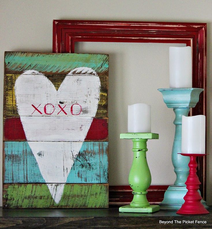 XOXO--reclaimed wood heart http://bec4-beyondthepicketfence.blogspot.com/2015/01/xoxo-reclaimed-heart.html