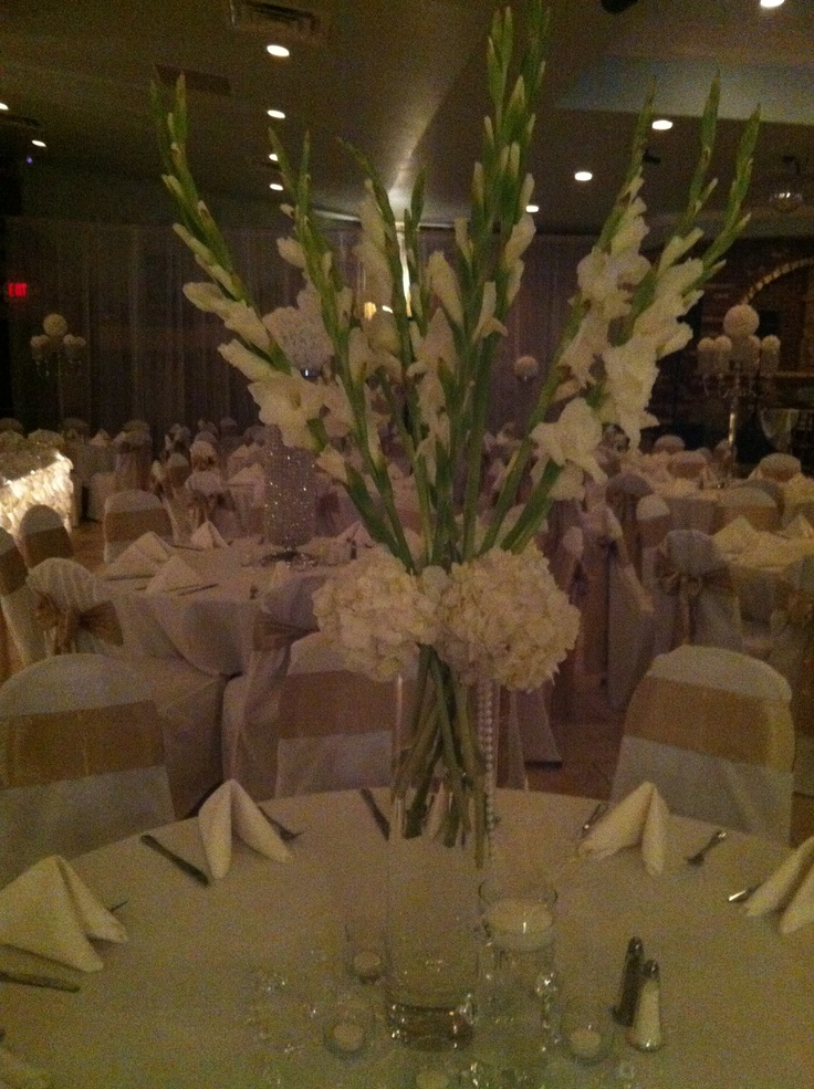 Gladiolus Flowers And Hydrangea Centerpiece By Grbic Events Events Pinterest Gladiolus