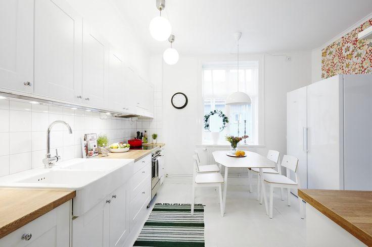 Iluminaci n extra en la cocina cocina n rdica cocinas - Iluminacion en cocinas ...
