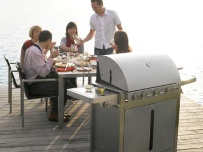 Découvrez le barbecue au gaz #Barbecook. En plus d'être élégant, il convient pour 14 convives!
