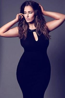 curvy fashion: black skinny dress #plussize #curvy