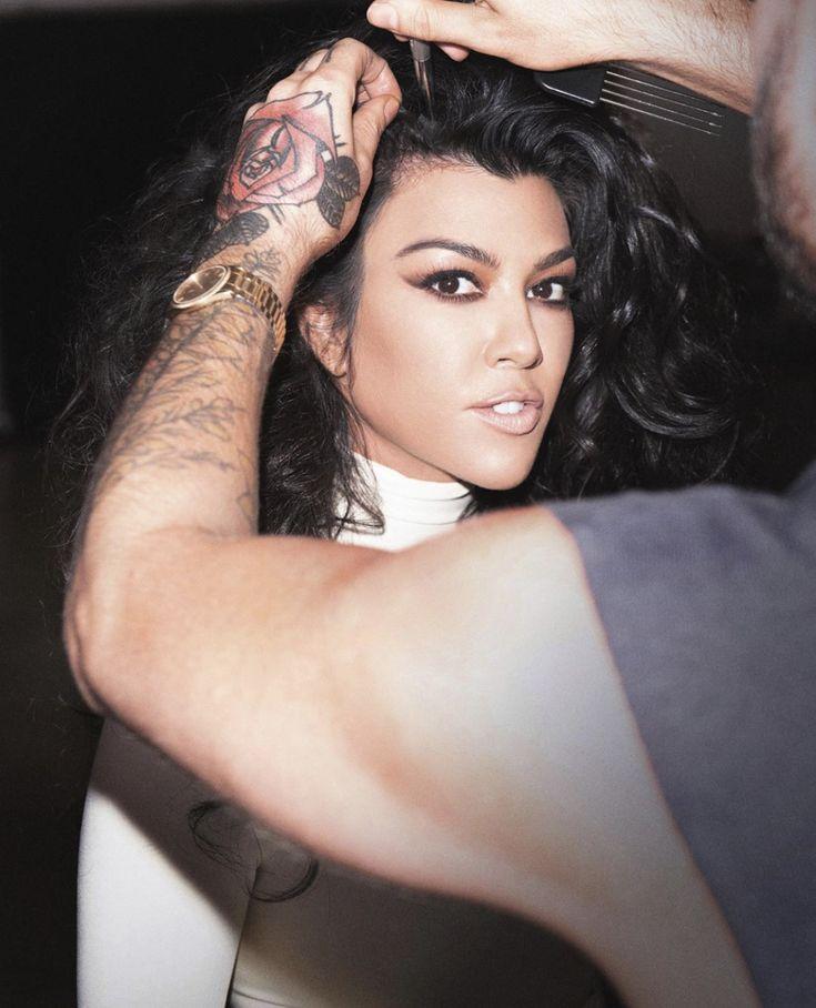 Kim Kardashian & Kourtney Kardashian from The Big Picture