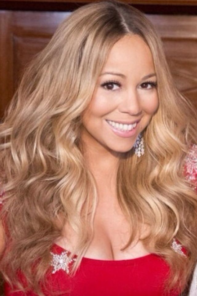 Mariah Carey.... love this color, looks amazing against a good tan