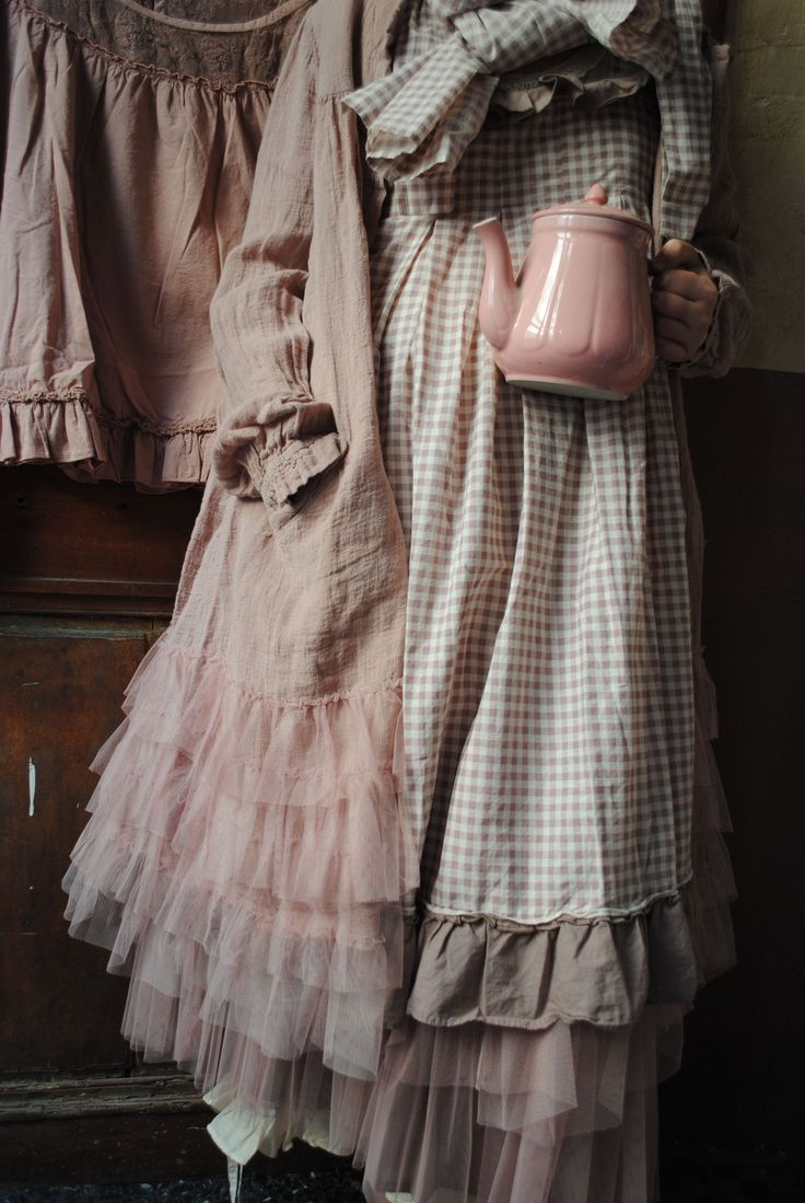 Gingham, linen, cotton, and tulle, amazing