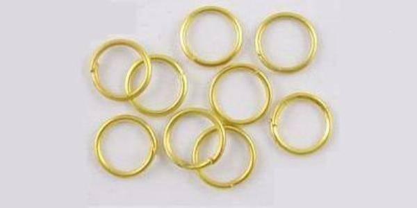 Argollas para armar bisutería color dorada, 5mm10 gramos $10.00  $-    125 pzs aprox.  6mm10 gramos $10.00  $-    118 pzs aprox.  7mm10 gramos $10.00  $-    105 pzs aprox  1cm10 gramos $10.00  $-    75 pzs aprox. , precio especial a mayoristas x kilo