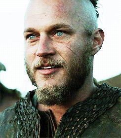 Travis Fimmel as Ragnar Lothbrok ~ gorgeous blue/green eyes!
