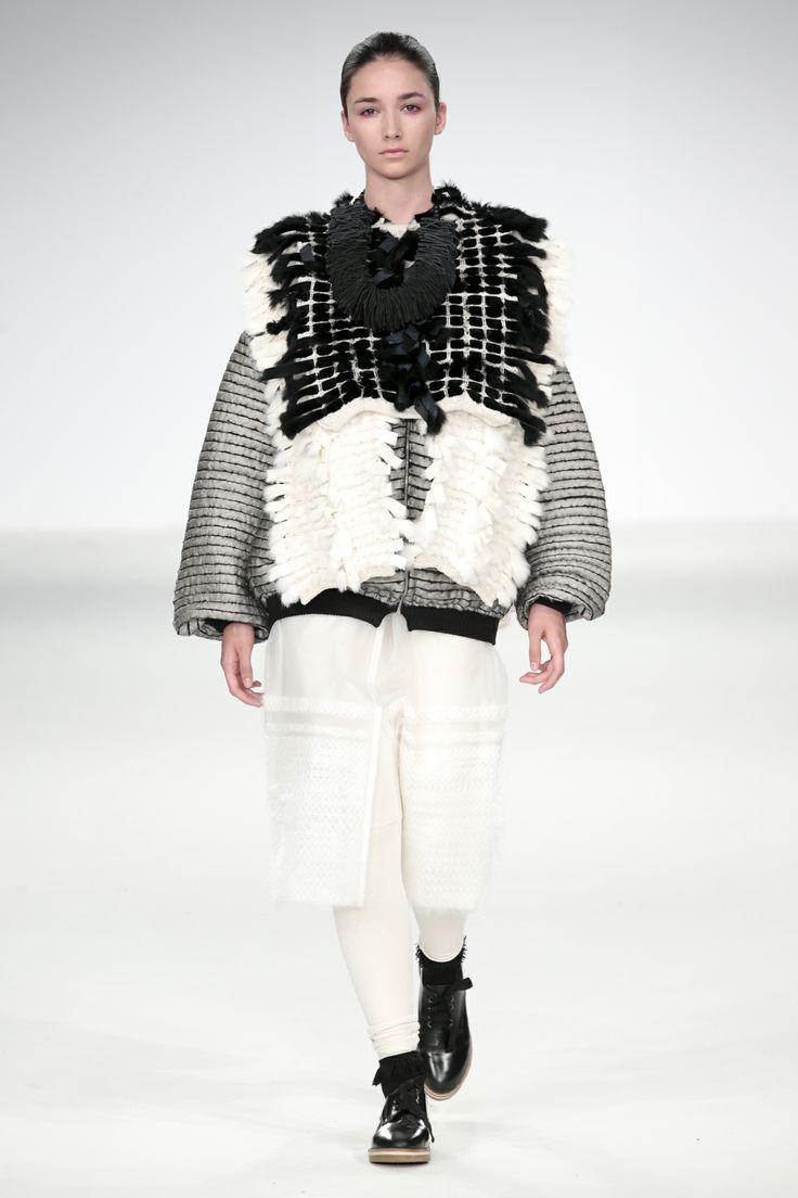 Sculptural Fashion with mixed fabrics & woven textures; creative fashion design // Rebecca Swann