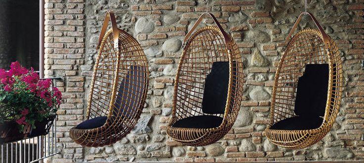 fauteuil suspendu de jardin en rotin eureka by giovanni travasa bonacina vittorio chaise. Black Bedroom Furniture Sets. Home Design Ideas