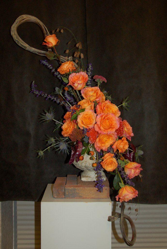 Creative Line Mass Floral Design Ikebana Flower Arrangement