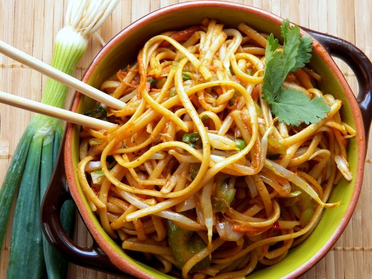Homemade Lo Mien Sauce: 1 C Teryaki or Soy sauce (low sodium is fine) 1 C Chicken broth (low sodium or salt-free is fine) .2 Tbsp Rice Wine Vinegar 2 Tbsp Sesame Seed Oil 1 Tbsp Honey or Agave Nectar Mix this all up in a small saucepan and heat.