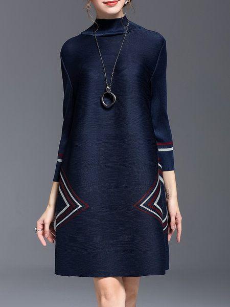 Shop Midi Dresses - Navy Blue Printed Casual A-line Midi Dress online. Discover unique designers fashion at StyleWe.com.