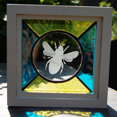 Freestanding Stained Glass with sandblasted Bee £22.00