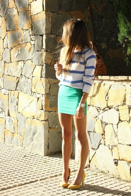 loose sweater with bandage skirt.: Sweaters, Minis Skirts, Summer Looks, Style, Color Combos, Mint Skirts, Outfit, Heels, Stripes