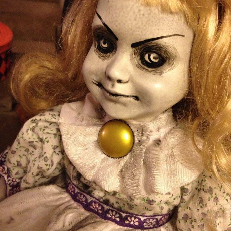 23 best images about porcelain dolls on Pinterest  Creepy dolls, Weird art and Halloween customs