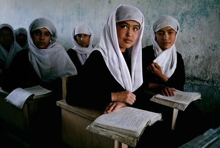girls at school in kabul