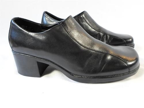 Clarks Women's Black Shoes Loafers Clogs Square Toe Slip on 2 Heel 8
