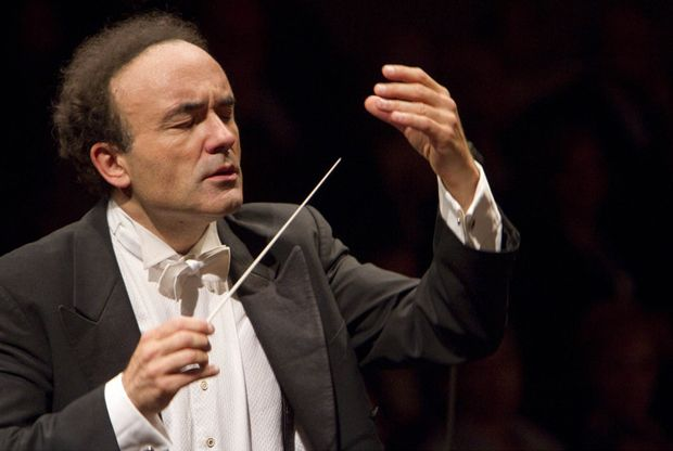 Tel Aviv Opera's Parisian-Born Conductor Not Allowed to Commemorate France Attacks Onstage COMMEMORATE?  WTF?  MAYBE HE SHOULD HAVE BEEN FIRED.