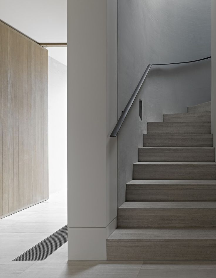 | STAIRS | #Cassell Street House / #b.e architecture featured on #Archdaily | details of pivot door and stairs / lovely colour palette
