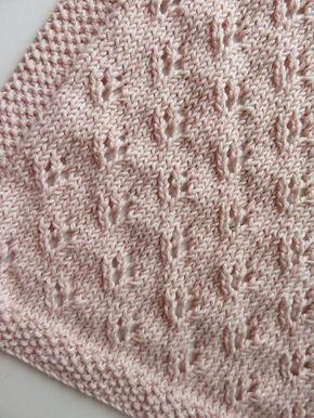 Tuto tricot :une petite couverture pour bébé, un cadeau de naissance facile à réaliser.