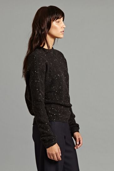 Kallo Pullover in Black - A staple of the OYUNA collection this chunky cashmere and wool blend sweater is supremely soft and features flecked yarns throughout. It has a round neckline and slim silhouette.