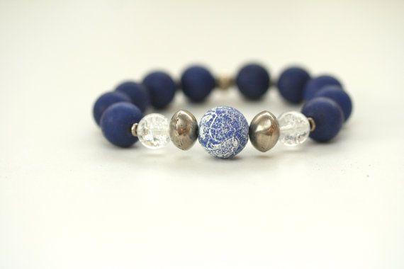 bracelet / beaded stretch bracelet / blue bracelet by ShagbarkRoad