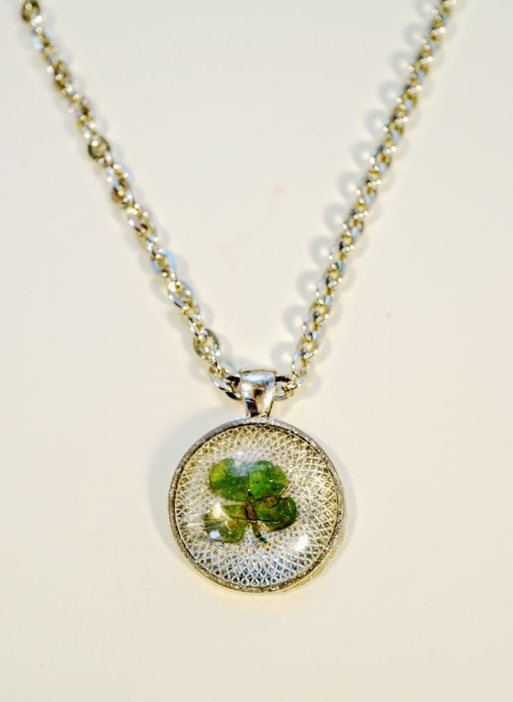 Four Leaf Clover Necklace  •  Free tutorial with pictures on how to make a resin pendant in under 35 minutes