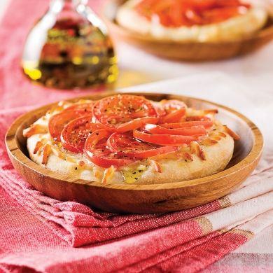 Mini-pizzas relevées - Recettes - Cuisine et nutrition - Pratico Pratique
