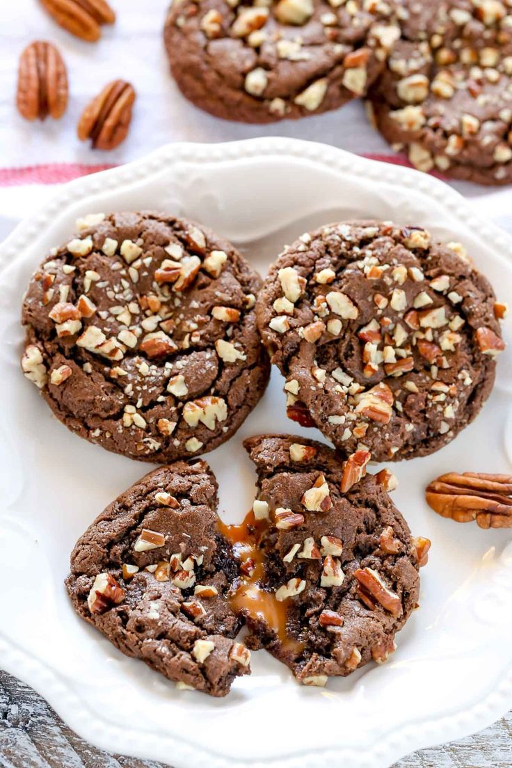 While growing up in Arkansas, we always celebrated the holidays with traditional southern food. But one thing that was always on our dessert table was some sort of turtle dessert. So, I decided to transform a classic dessert that everyone around here enjoys into a cookie. And these Chocolate Turtle Cookies were born.  Check...