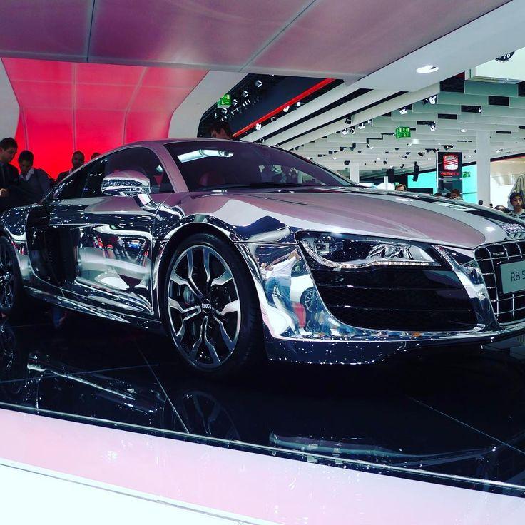Chrome plated Audi R8. #audi #r8 #car #cars #auto #autos #race #racing #dresmcar #supercars #speed #geschwindigkeit #beschleunigung #acceleration http://unirazzi.com/ipost/1493899476577721407/?code=BS7Zaivjpw_