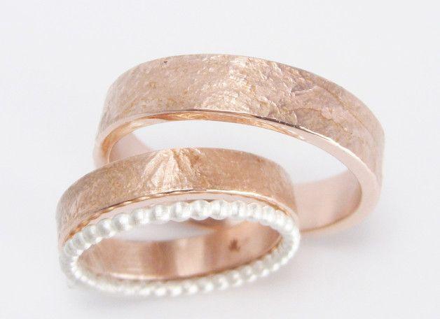 Trauringe - schlichte Roségold Eheringe Silber Kügelchenring - ein Designerstück von STRUKTURATA-goldschmiedine bei DaWanda