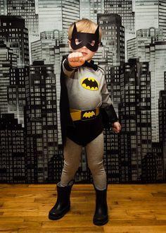 toddler or preschooler Batman costume // Heartfully, Amy