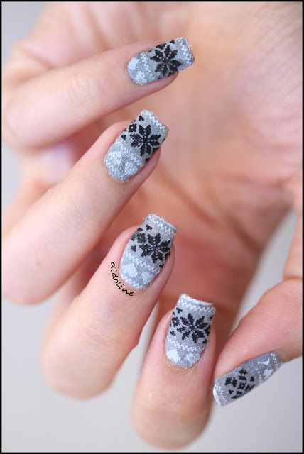 Winter is here, and Sweater Nails are back! ~ Base polish ELF 'Misty Haze',Velvet Powder 'Gray' (sold at Born Pretty Store) & stamping plate Nailz Craze 'NC03' ~ link to tutorial ~ Didoline's Nails