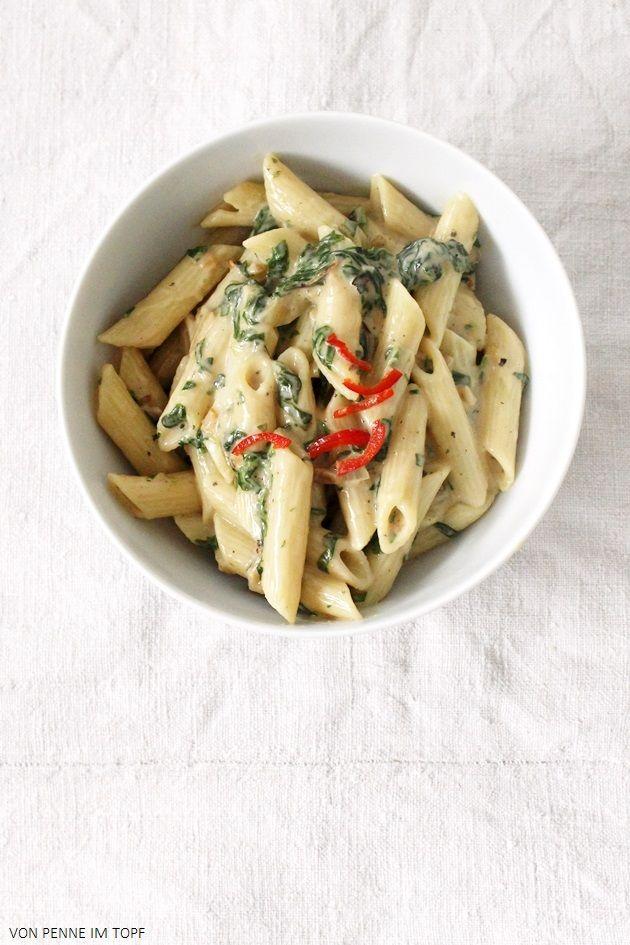 Penne im Topf: Neue Lieblings-Pasta: Cremige Spinat - Erdnuss - Penne