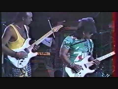 ▶ Eddie Hazel Michael Hampton  - Maggot Brain - Live in France 1990 - YouTube
