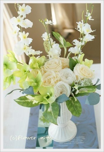 http://ameblo.jp/flower-note/entry-11624358214.html『【今日の贈花】三回忌のお花 』