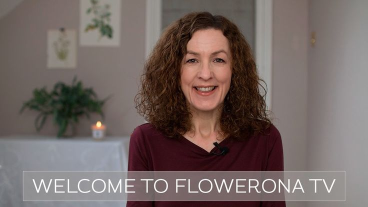 Welcome to flowerona TV | floweronaTV - a YouTube channel for florists and florists-to-be. This video includes news about the Flowerona for Florists Facebook Group and my new Instagram account, @underthefloralspell.
