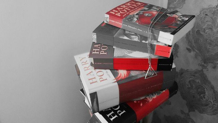 Wonderful Harry Potter books!!! 😍😁💖😎