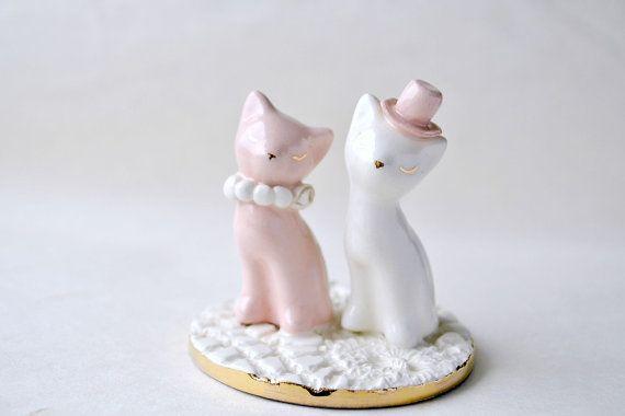 Kat taart topper roze en witte bruidstaart door JasminBlancBoutique