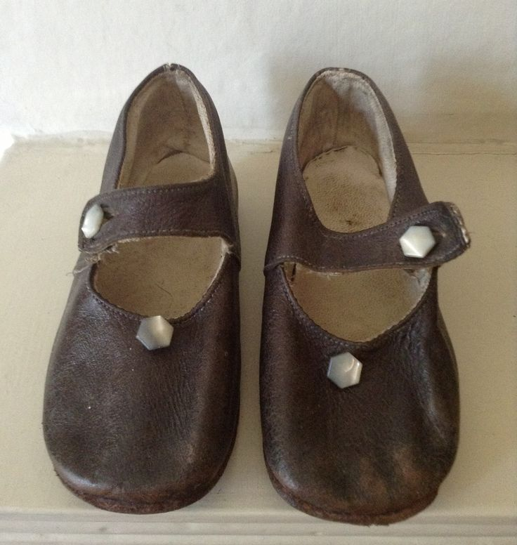 1930s children's shoes. Saw them in an antique shop and ...