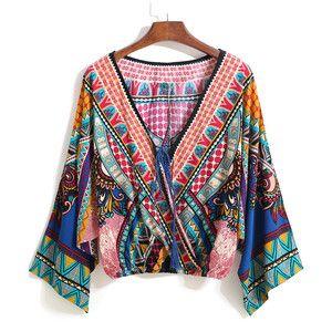 SheIn(sheinside) Multicolor V Neck Tribal Print Crop Blouse