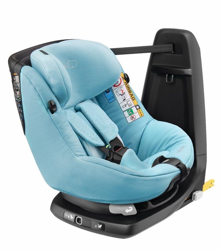Le maximum de sécurité en un tour de main avec l'AxissFix, le siège-auto pivotant de Bébé Confort.