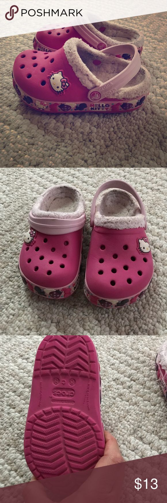 Toddler crocs Size 8/9 toddler hello kitty crocs . Good condition just a little bit dirty in the inside of the shoe CROCS Shoes
